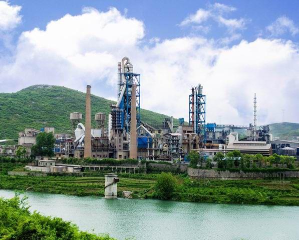 南阳1000t/d水泥生产线投产